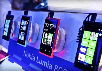 NokiaLumia800CES2012_610x426